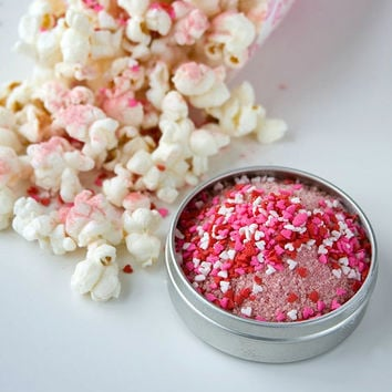 Gourmet popcorn seasoning - flavored popcorn kernels - men's Valentine's Day gift - tasty heart shaped foodie gift