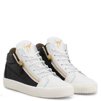 Giuseppe Zanotti Gz Kriss Black And White Calfskin Leather Mid-top Sneaker - Best Deal Online