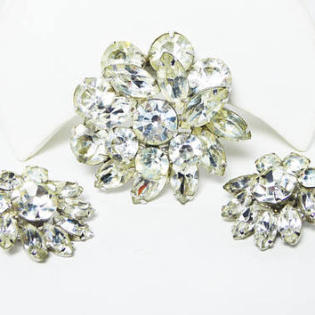 Rhinestone Flower Pin & Earring Set, Layered Clear Rhinestones, Chaton and Marquis, Clip on Earrings, Round Brooch, Vintage 1950s 1960s