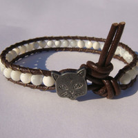 Mother of Pearl Beaded Leather Bracelet with Cat Button