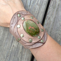 Bohemian Style Leather Cuff, Tooled and Stamped Leather with Epidote Gemstone, Western Cowgirl Leather Jewelry