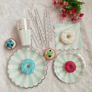 High Quality Stripe Paper Plate Cup Napkin Straw for Birthday Baby Shower Bridal Shower Party