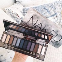 Naked  1 2 3 4 5 6  Smoky