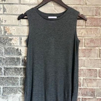 Simple Ribbed Tank