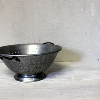 vintage aluminum wear ever colander // metal strainer