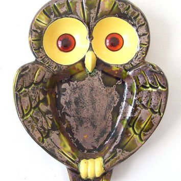 vintage owl dish decorative home decor green yellow brown mid century modern retro ashtray pottery ceramics bird big eye
