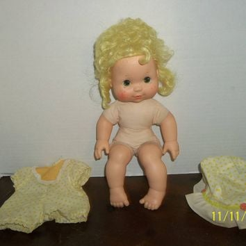 vintage 1982 strawberry shortcake lemon meringue blow kisses kiss doll with clothes