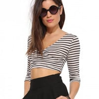 Striped V-neck Half Sleeve Bodycon Cropped Top