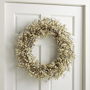 White Ilex Berry Wreath