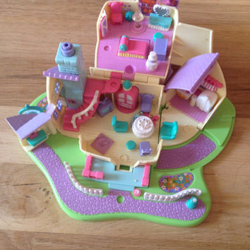 vintage polly pocket doll house