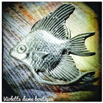 Vintage 1980s Silver Angel Fish Brooch Lapel Pin | VTG Pewter Gray Brooches | Fish Pins