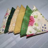 Fat Quarter Bundle, Greens,Gold and Cream Coordinated Mix, Star Fold