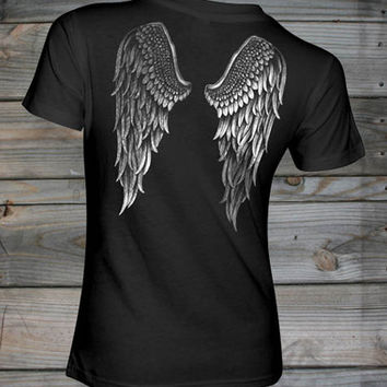 Women's Country Girl ® Angel Wings Fashion Fit tee