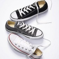 Chuck Taylor All Star Sneaker - Converse - Victoria's Secret