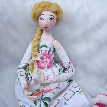 Soft doll OOAK art doll, jointed, handmade, handsewn, handpainted, white, romantic cloth doll