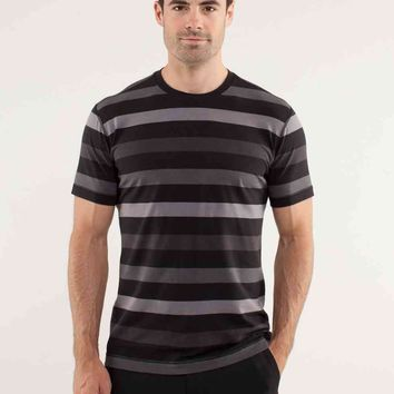 5 year basic tee | men's tops | lululemon athletica