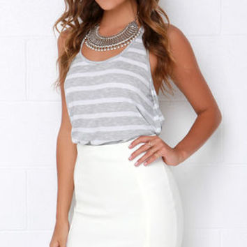 Magnetic Pull Ivory Pencil Skirt