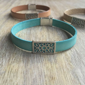 Leather Bracelet, Turquoise Leather Bracelet, Gift for her, Flat Leather Bracelet