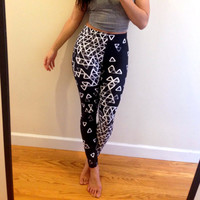 Black/White Leggings - Negative Snow - Graphic Leggings
