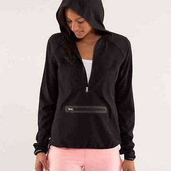run: stash and dash pullover | women's jackets and hoodies | lululemon athletica