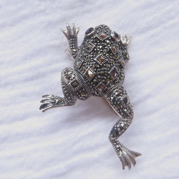 Sterling Marcasite Frog Brooch, Figural Frog Pin, Vintage Marcasite Jewelry