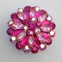Sparkly Vintage Pink Rhinestone Brooch with Aurora Borealis Rhinestones Pink Brooch. Pink Flower brooch. Sparkly Brooch.