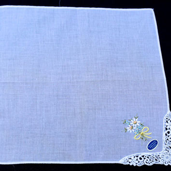 Vintage Hanky, White Handkerchief with Embroidered Flowers, Tatted Lace Edge,NOS Japan Unused Handkerchief,Wedding Hanky, Flower Girl Hanky