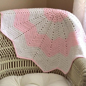 Baby Blanket, Pink and White, Crocheted Baby Blankets, 12 Point Baby Blanket, Handmade, Nursery Blanket, Newborn Blankets, Free S&H