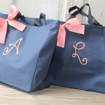 6 Personalized Bridesmaid Gift Tote Bags Personalized Tote, Bridesmaids Gift, Monogrammed Tote, Maid of Honor Tote Bag, Wedding Day Tote