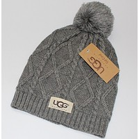 UGG:fashion men's and women's knitted cap