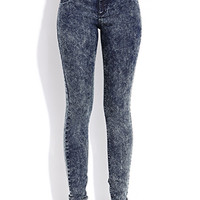 Must-Have High-Waisted Jeans