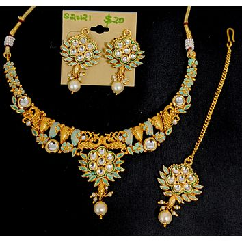 Matte meenakari polished bright gold choker Necklace and Earring set with Maang Tikka