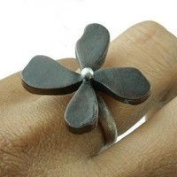 Fleur Noire Flower Ring Mixed Metal Sterling Silver by ExCognito