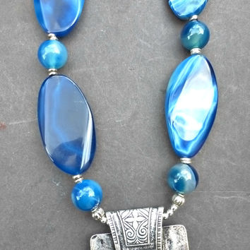 Blue agate stone and silver necklace. Chunky necklace. Bohemian jewelry.