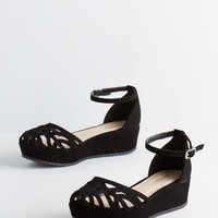 ModCloth Flatform of Flattery Wedge in Black
