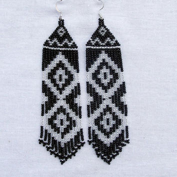 Native American  Beaded Earrings  Inspired. Silver Black  Earrings. Long Earrings.  Beadwork.