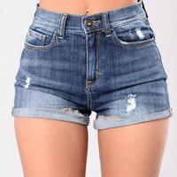 Dreaming Of Summer Shorts - Medium Wash