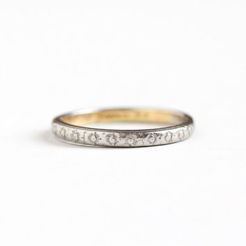 Sale - Antique Platinum Shell 18k Yellow Gold Wedding Band Ring - Size 9 Art Deco 1920s Eternity Flower Stacking Orange Blossom Fine Jewelry