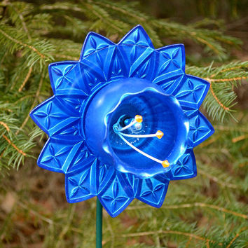 Coastal Blue Flower, Blue Floral Decor, Patio Decor, Petal Design, Flower Pot Decor, Art Flower, Metal Stake, Blue Petals, Floral Home Decor