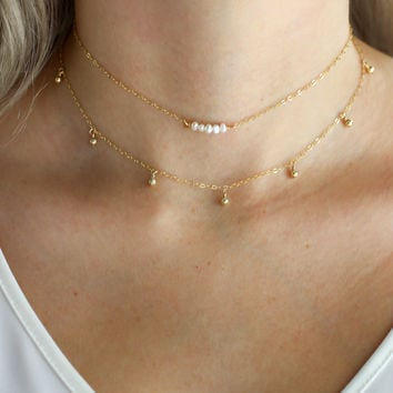 Dainty Pearl Choker Necklace