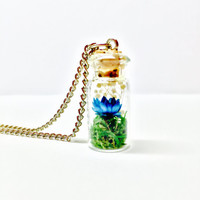 Terrarium Necklace, Terrarium Pendant, Terrarium Jewelry, Flower Terrarium, Moss Terrarium, Glass Bottle, Glass Vial, Floral Necklace, Boho