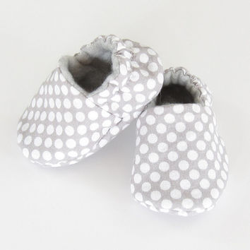 Gray Baby Shoes- baby gift infant shoes new baby unisex gift gray baby booties crib shoes gender neutral baby shower gift, Gray w/ White Dot