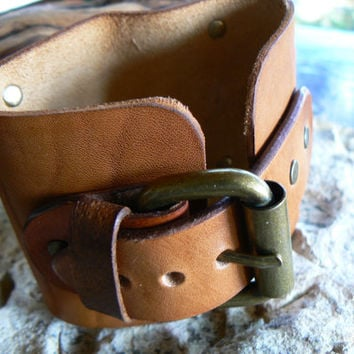 Leather cuff Bracelet , Johnny Depp, Men's wrist watch, Leather bracelet, Leather cuff watch, Leather Watch Cuff