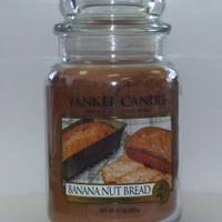 Banana Nut Bread 22oz Large Jar Yankee Candle