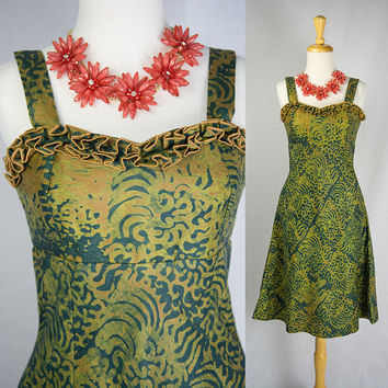 Vintage Tiki Pin-Up Sun Dress Ruffle Bust S Beautiful Batik Print