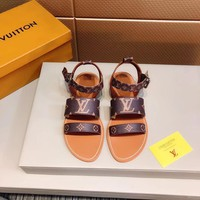 LV WOMEN Casual Shoes Boots fashionable leather Fashion Casual Sneakers Sport Shoes