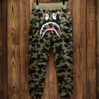 Bape shark camouflage shark trousers and guard pants with high quality 5 color camouflage green