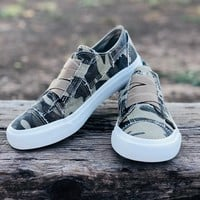 Blowfish Marley Sneakers in Natural Camo