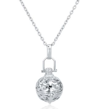 Silver Round Aromatherapy Diffuser Necklace for Essential Oils