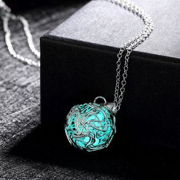 Fashion Luminous engagement silver Pendant Necklace Fluorescent Stone Hollow Glow In The Dark For Women
